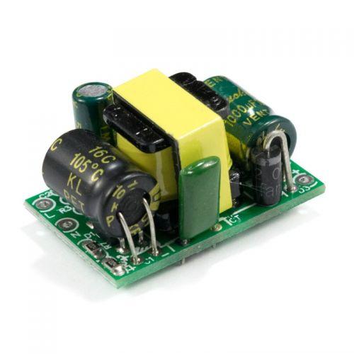 Fuente conmutada 5v 700mA 3.5W AC-DC